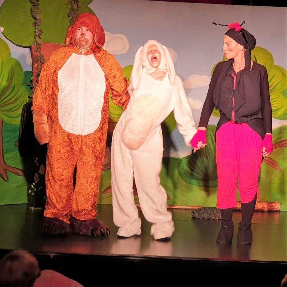 Az igazság tevő nyúl - zenés mesejáték, gyermekprogram a Center Színházban   Center Színház