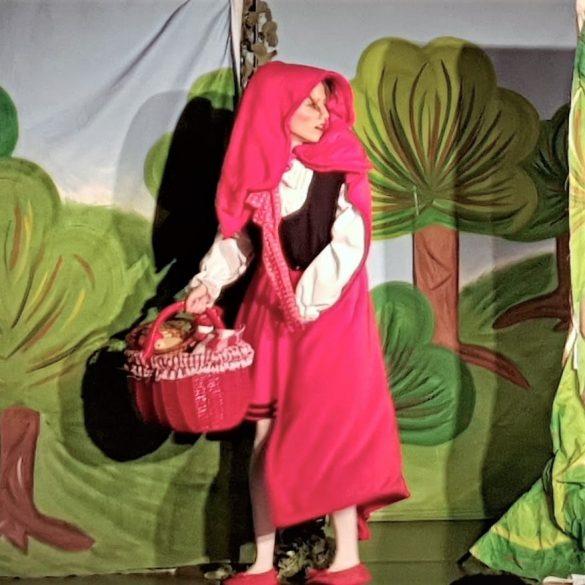 Piroska és a farkas - zenés mesejáték, gyermekprogram a Center Színházban | Center Színház